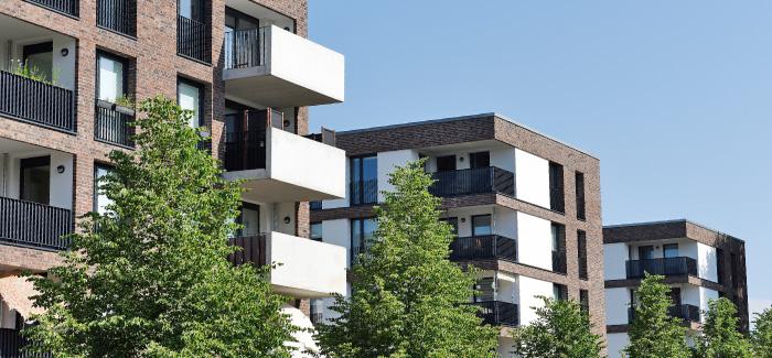 Moderne neue Häuser am Alsterberg