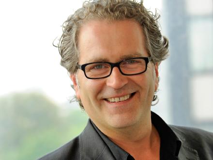 Portraitfoto Thomas Pridöhl